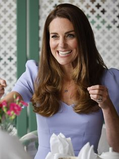 Princess Kate Middleton, Kate Middleton Style, Prince William And Catherine, William Kate, Pale Blue Dresses, Diana Williams, Hollywood, Princesa Diana, Princess Charlotte