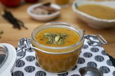Compote de Pommes et Courge Butternut Cubes, Cheeseburger Chowder, Paleo, Soup, Pudding, Vegan, Fruit, Ethnic Recipes, Desserts