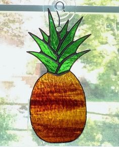 Pineapple Stained Glass Suncatcher - Pineapple Ornament - Housewarming Gift - Hostess Gift - Home Window Decor Stained Glass Projects, Stained Glass Patterns, Stained Glass Suncatchers, Fused Glass, Mobiles, Pineapple Ornament, Tiffany, Glass Artwork, Vintage Crafts