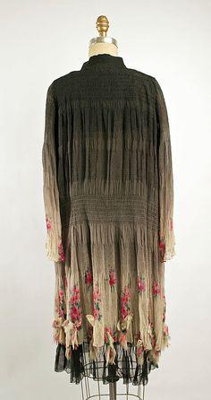 Ensemble Nellie Harrington (American)  Date: 1928 Culture: American Medium: silk. Back