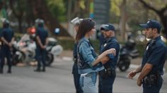 Now Playing: Pepsi apologizes for new ad after receiving huge backlash       Now Playing: Richard Jefferson talks Cleveland Cavaliers' playoff hopes, battling asthma       Now Playing: Pepsi pulls Kendall Jenner ad       Now Playing: President Trump defends Bill O'Reilly amid... http://usa.swengen.com/pepsi-pulls-kendall-jenner-ad-video/