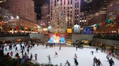 Christmas in New York. Desperate to go there someday ♥