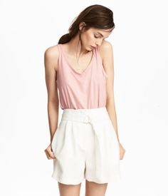 Light pink. CONSCIOUS. Tank top in soft jersey made from Tencel® lyocell.