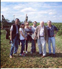 """¡¡UNA FAMILIA DE DIEZ!! : Mi familia, donde la vida empieza y el amor nunca termina:... En el rancho """"Corazones"""" ¡""""el mejor equipo""""!❤️ ¡que bonita foto! ¡Como los amo! Son mi mayor tesoro..."""