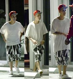 it's called selena's power Justin Bieber, Selena, Baseball Cards, Sports, Hs Sports, Justin Bieber Lyrics, Sport