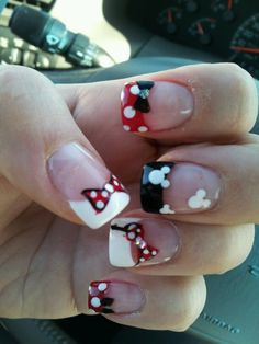 Disney nails-Mickey mouse. Pretty! Email me at becca@destinationsinflorida.com and let me help you plan your Disney Vacation!!! - For more amazing travel ideas, tools and tips visit us at http://www.brides-book.com and remember to join the VIB Club for amazing offers from all our local vendors.