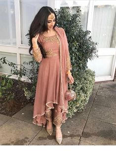 49 Ideas South Indian Bridal Lehenga Pakistani Dresses For 2019 Indian Wedding Outfits, Pakistani Outfits, Bridal Outfits, Indian Outfits, Pakistani Clothes Casual, Bridal Dresses, Pakistani Dresses Party, Asian Wedding Dress, Pakistani Dress Design