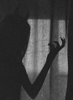 psycho path Demon Aesthetic, Bad Girl Aesthetic, Red Aesthetic, Shadow Photography, Dark Photography, Shadow Pictures, Foto Blog, Dark Wallpaper, Vampires