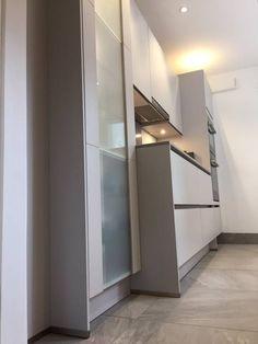 Küchengestaltung Wände moderne küchen wohnzimmer braune wände pflanzen weisse küche