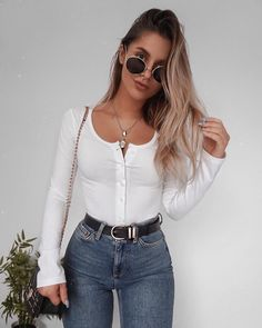 Find the most beautiful outfits for your summer look. Informations About schöne Sommeroutfits Pi Mode Outfits, Stylish Outfits, Fall Outfits, Summer Outfits, Stylish Girl, Look Fashion, Teen Fashion, Fashion Outfits, Womens Fashion