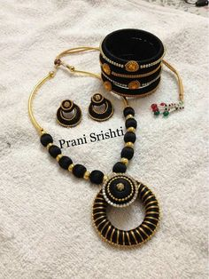 Silk Thread Bangles Design, Silk Thread Necklace, Silk Bangles, Beaded Necklace Patterns, Jewelry Patterns, Fancy Jewellery, Thread Jewellery, Funky Jewelry, Handmade Pearl Jewelry