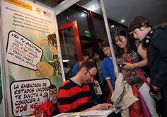 Invitado por la Embajada de Estados Unidos en Uruguay, el artista gráfico Joe Kelly, del estudio Man of Action creador de Ben 10, Generator Rex, Deadpool y X Men, entre otras series animadas, estuvo 6 días en Montevideo, conoció a la embajadora Julissa Reynoso, firmó autógrafos en Montevideo Comics y ofreció charlas en universidades y centros de diseño y animación, entre otras actividades.