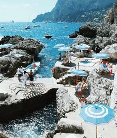 I would love to see more beaches in Italy such as Capri. I went to Amalfi Coast and to this day it is the most amazing place I've ever been. Mykonos, Santorini, Oh The Places You'll Go, Places To Travel, Travel Destinations, Places To Visit, Positano Italy, Capri Italy, Sorrento Italy