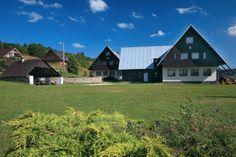 UBYTOVANIE - Ski KRAHULE Campsite, Skiing, Places To Go, Cabin, House Styles, Home Decor, Ski, Homemade Home Decor, Camping