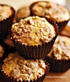 Proste muffinki z rodzynkami i kruszonką - Mała Cukierenka Breakfast, Food, Breakfast Cafe, Essen, Yemek, Meals