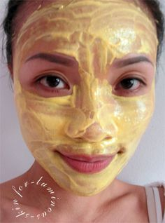 DIY Turmeric mask: 1 cup cold Greek yogurt; 2 tbsp honey; 2 tsp organic turmeric powder; 2 tsp rice flour (you could also use garbanzo flour or finely-ground oats)