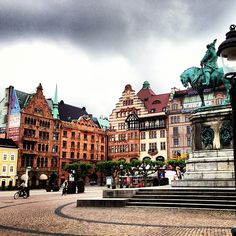 Stortorget Malmö with the statue of the Swedish king who conquered Skåne from Denmark in 1658; Karl X Gustaf...