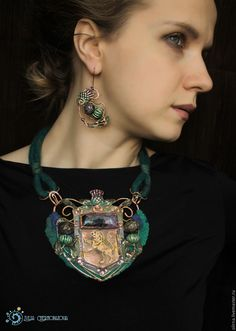 """""""The Thistles of old Edinburgh""""  copper -felted necklace by Julia Chernopazova"""