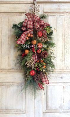 NEW Christmas Swag-Williamsburg by ReginasGarden on Etsy
