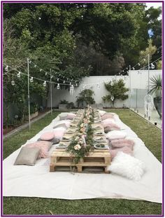29 Stunning Outdoor Wedding Ideas on a Budget * aux-pays-des-fleu . - 29 Stunning Outdoor Wedding Ideas on a Budget * the country-of-fleu … - Backyard Birthday, Picnic Birthday, Free Birthday, Bohemian Birthday Party, Backyard Picnic, Bohemian Party, Rustic Backyard, Boho Themed Party, Garden Picnic