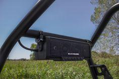 SoundBar 4 | Integrated speakers and amplifier