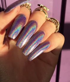 5 Simple Steps to Getting Holo Nails At Home: 1. Start with a base coat of your color choice. 2. Add any brand top coat. Does not have to be gel. 3. Let the topcoat dry until it is tacky but not wet.