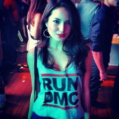 Where the F can I find this DMC tee or wadever u call it Sarah Lahbati, Get Free Makeup, Free Makeup Samples, Run Dmc, Face Beauty, T Shirts For Women, Running, Tees, Asian
