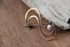 Shawl pin Elegant simplicity, scarf pin, brooch, wire wrap shawl pin, copper and pearl wire brooch, minimalist pin, modern shawl pin