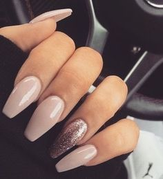 In seek out some nail designs and some ideas for your nails? Here is our listing of must-try coffin acrylic nails for modern women. Cute Acrylic Nails, Cute Nails, Pretty Nails, Holiday Acrylic Nails, Acrylic Nail Designs Glitter, Nail Polish, Nail Nail, Bio Gel Nails, Gel Nails French
