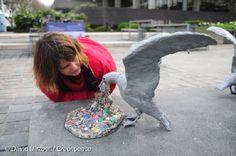 In London, a Grim Warning About Ocean Plastics