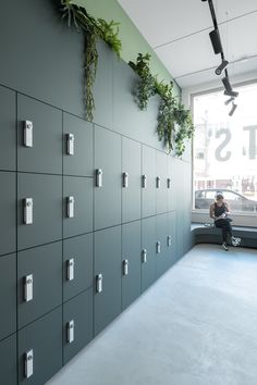 Office Space Design, Workplace Design, Office Interior Design, Office Interiors, Office Lockers, Built In Lockers, Ikea Office, Home Office, Storage Design