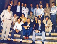Em pé (esq. para dir.): Helmuth Marko, John Watson, Eddie Cheever, Elio de Angelis, Mauro Forghieri, Jochen Mass, Jan Lammers, Keke e Nigel Mansell.  No meio: Jody, Piquet, Regazzoni, Gilles e Jarier.  À frente: Emerson, Ickx, Reutemann e Surer.  .