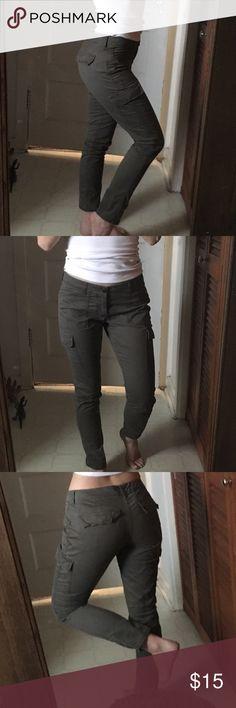 Army green pants Cute skinny boyfriend pants!! Perfect for all seasons. GAP Pants Straight Leg