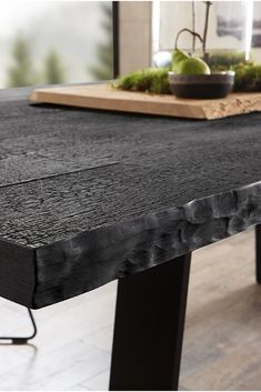 Burned Wood represents charred wood without being actually burned. Types Of Furniture, Home Decor Furniture, Rustic Furniture, Furniture Ideas, Wood Table Design, Wood Shop Projects, Charred Wood, Wood Interiors, Types Of Wood