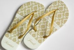 chinelo Its My Bday, Flip Flops, Sandals, Women, Gold Slippers, 15 Years, Black Gold Party, Wedding Favor Crafts, Kids Part