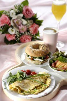 Valentine's Day Breakfast - Ystävänpäivän Aamiaistarjotin