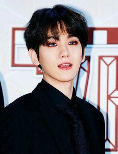 Read especial Chanbaek from the story Chen se Casa! Hola a todos Yo soy Byun. Chanbaek, Kaisoo, Exo Ot12, Kyungsoo, Baekhyun Fanart, Kpop Exo, Exo Members, Park Chanyeol, Most Beautiful Man