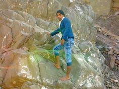 Naqash Gulzar Mountain Tracking