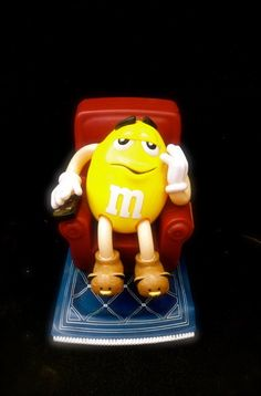 Vintage M&M Candy Dispenser Yellow M Chillin in his Recliner w/Remote M&M's - What a cute gift....and so very Retro Yellow M&m, M&m Characters, Bear Slippers, M M Candy, Candy Dispenser, Cute Gifts, Game Room, Kids Bedroom, Recliner