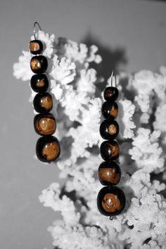 @BlackCoral4you black coral and sterling silver 925 earrings, Long 7.5-8cm, diameters of balls 8-12mm, approximate weight 16grs, price 80 Euros,  http://blackcoral4you.wordpress.com/   pendientes de coral negro y plata de ley,largo aprox. 7.5-8cm,,diametro de las bolas 8-12mm., peso aprox 16grs,precio 80 Euros. e-mail: blackcoral4you@galicia.com