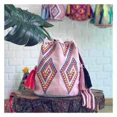 """Duvi Bag ~~ www.chilabags.com #chilabags"""" Drawstring Backpack, Boho Chic, Tapestry, Backpacks, Wood, Instagram Posts, Leather, Style, Fashion"""