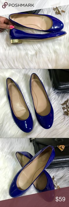 J.CREW JANEY PATENT BLUE FLATS WITH GOLD HEEL Sz11 J.CREW JANEY PATENT BLUE FLATS WITH GOLD HEEL SIZE 11  Royal blue patent leather round flats with gold heel. Easy and stylish wear. Great  pop of color.   Size 11 Heel 1 1/2 in J. Crew Shoes Flats & Loafers