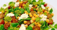 Cuscús con tomates secos y garbanzos | Ensalada de cuscús Veggie Recipes, Healthy Recipes, Healthy Meal Prep, Cobb Salad, Salsa, Veggies, Ethnic Recipes, Food, Gluten