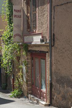 223 best moustiers sainte marie france images provence france provence destinations - Boulangerie marie salon de provence ...