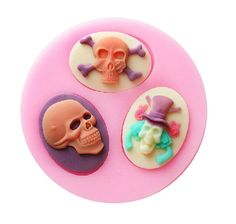 1 x Oval Skull Silicone Mold Mold Size: 7.9 cm x 1.2 cm (W X D) Material…