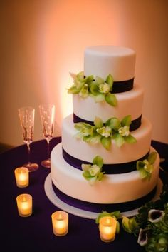 Like this idea, but wIth navy ribbon, simple textured icing pattern and cute cake topper