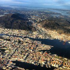 Bergen Lufthavn, Flesland (BGO) ve městě Bergen, Hordaland