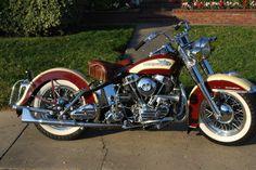 Harley-Davidson: 1955 Harley Davidson FL.