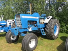 Tractor Implements, Classic Tractor, New Holland Tractor, Ford Tractors, Vintage Tractors, Ford News, Farming, Cars, Brown