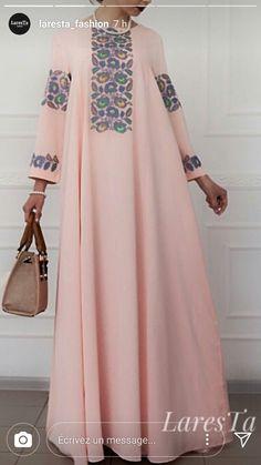Abaya Style 694961786223562396 - Khaliji Source by willoali Abaya Fashion, Muslim Fashion, Modest Fashion, Indian Fashion, Fashion Outfits, Mode Abaya, Mode Hijab, African Fashion Dresses, African Dress